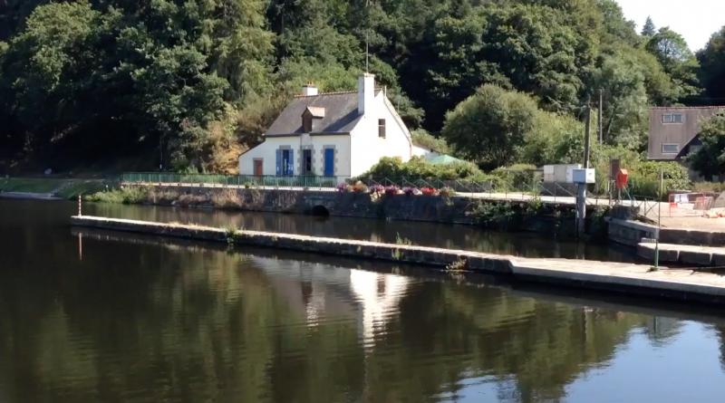 Bretagne Télé: La Buvette de l'Ecluse à Languidic