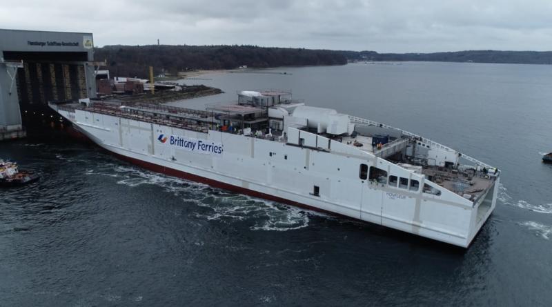 Le Honfleur navire GNL Brittany Ferries - Bretagne Télé