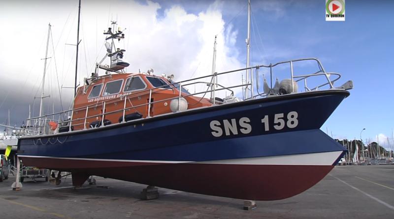 La Trinite-sur-mer: La SNS 158 vedette du Nautic - TV Quiberon 24/7