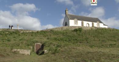 Carnac: Le Tumulus Saint-Michel - Bretagne Télé