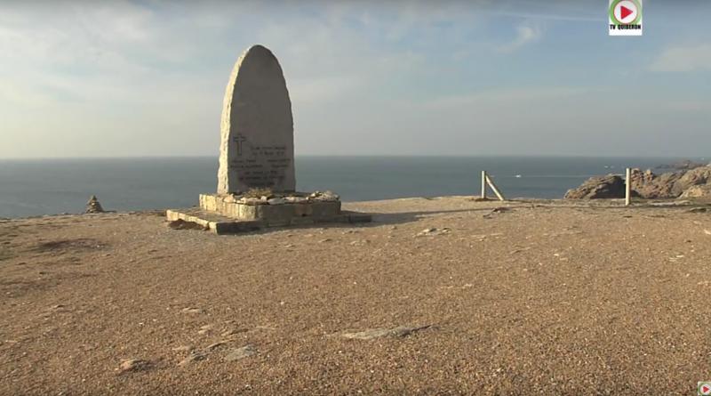 Stele en hommage a Michel Pohin et André Robet sauveteurs decedes - Quiberon