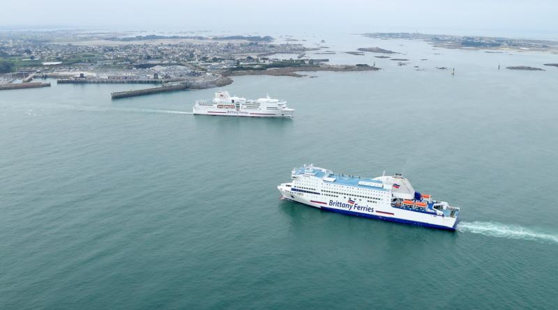 Bretagne Télé: La flotte 'Brittany Ferries' vue du Ciel