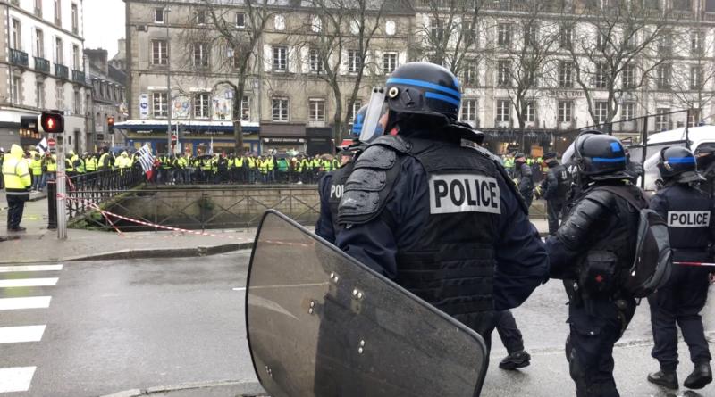 Quimper: Les Gilets Jaunes - Bretagne Télé