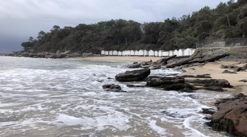 Plage de l'Anse Rouge en Hiver 4K - Télé Noirmoutier Vendée