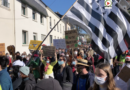 Pontivy | La manif des Saltimbanques - Bretagne Télé